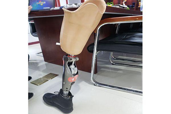 大腿假肢案例.jpg